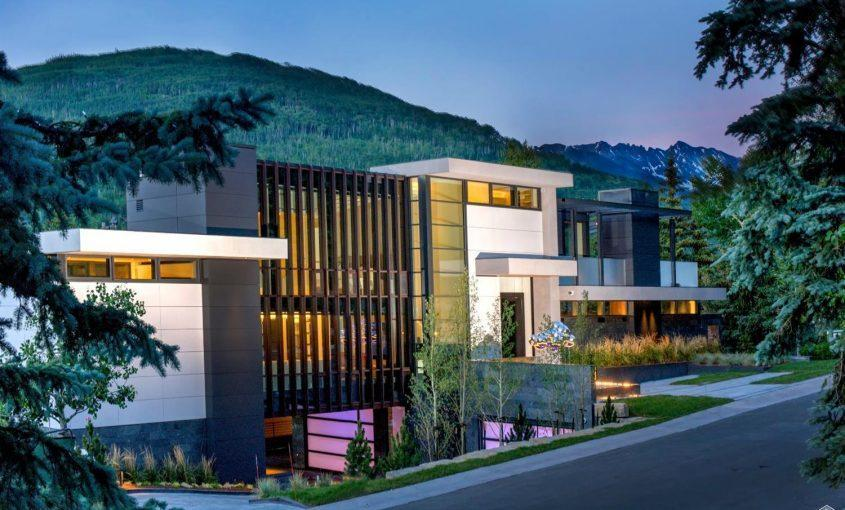 165 Forest Road on Vail Mountain: exterior view at dusk