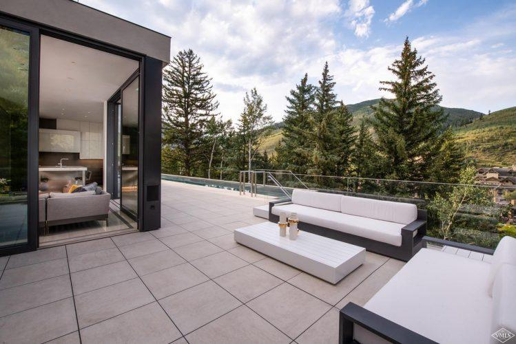 165 Forest Road on Vail Mountain: outdoor patio