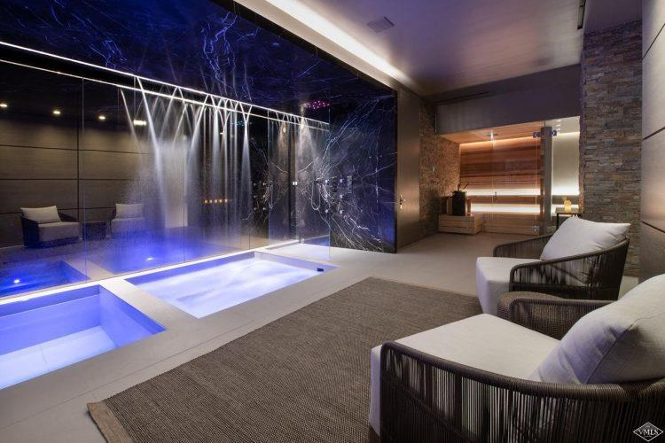 165 Forest Road on Vail Mountain: interior