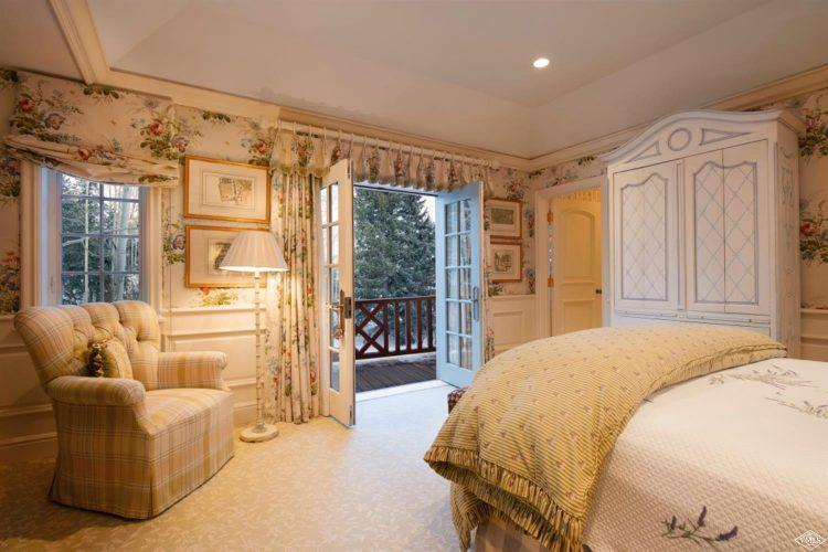 bedroom opening to deck at 362 Mill Creek Circle in Vail